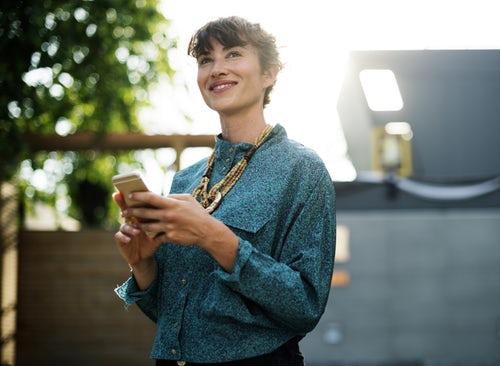 Girl using wi-fi hotspot
